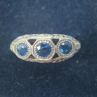 Art Deco Natural  Sapphire Trilogy Ring