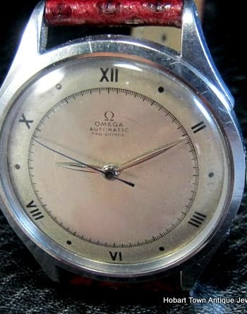 Omega Vintage Roman Numerals Dial Early Bumper Automatic All Original c1944