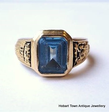Antique Blue Topaz 19ct Gold Portuguese Engraved Ring