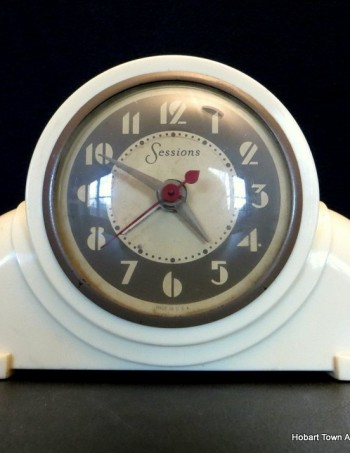 Late & Great Art Deco Sessions Speedometer Electric Clock