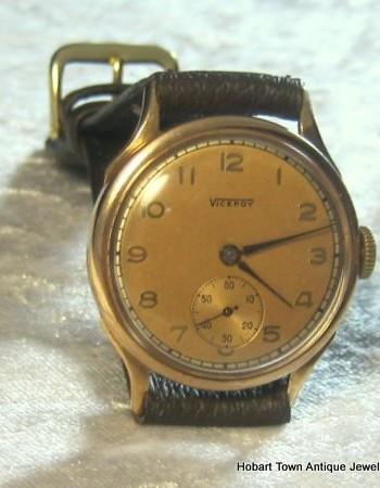 Viceroy 9ct Gold Vintage Watch in Fine Condition