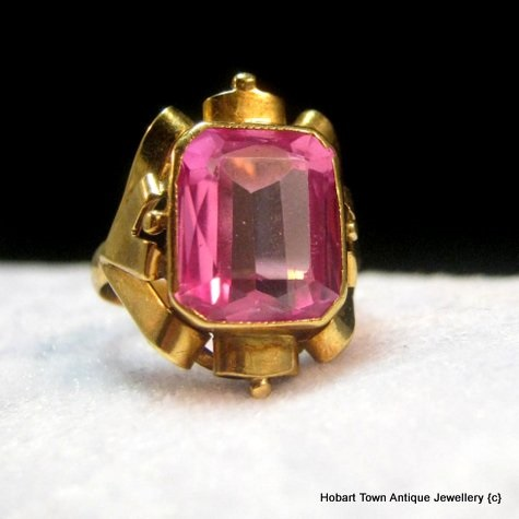 Vintage 14ct Gold Emerald Cut Rose De France Ring