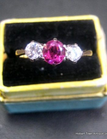 Fine Art Deco .73cts Diamond Ruby 18ct Gold Trilogy Ring