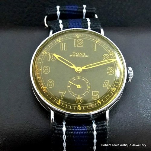 Ww2 doxa over size anti magnetic black dial 36m watch for Magnetic watches