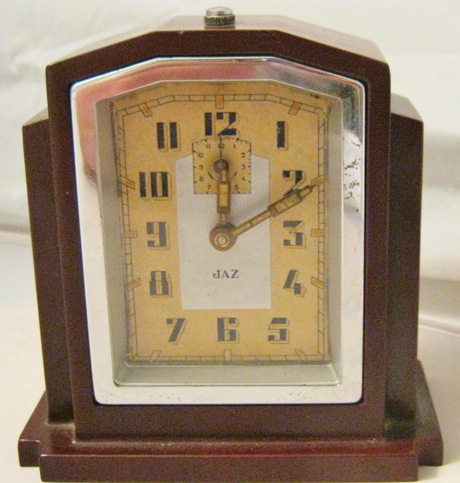 Antiques & Collectors Pieces - Small Pieces of Fine Quality