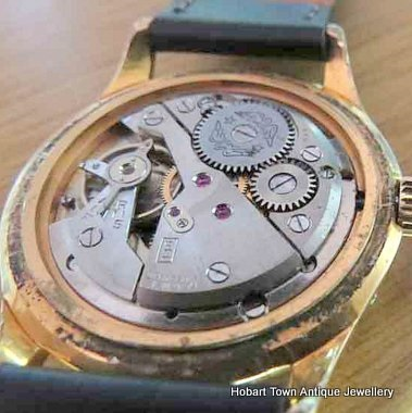 Dating vintage rotary watches