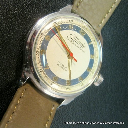Vintage Atlantic World Master 25 Jewel Automatic 35m Gents Watch