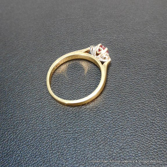 Estate Ruby Diamond 18ct Gold Vintage Two Ring Set