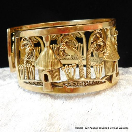 Fine French Cameroon 18ct Gold Palm Tree ~ Huts Vintage Bangle