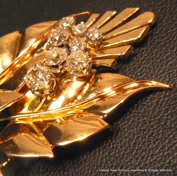 Stunning French Mid 20thC Vintage 1.60ct Diamond 18ct Gold Brooch